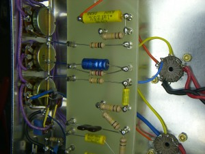 Mainboard, tube sockets and pots